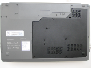 Lenovo Ideapad Z565 Backcover